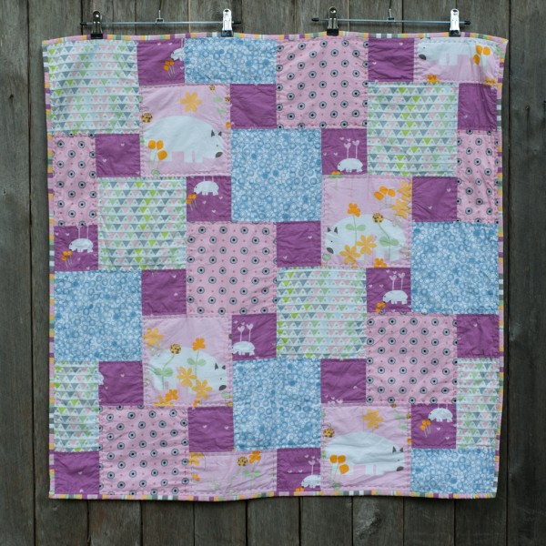 Ada's Quilt - Step Down Piecing using Wombat Wonderland by Saffron Craig