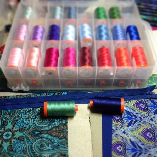Choosing Aurifil threads for Xmas gifts